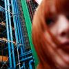 lily_devant_le_centre_pompidou
