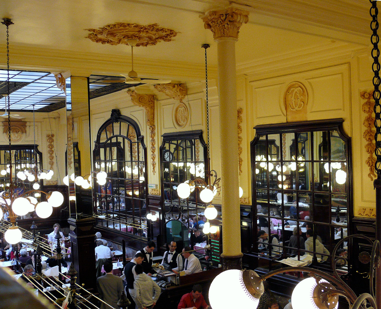 Deux Brasseries Historiques De Paris Le Bouillon