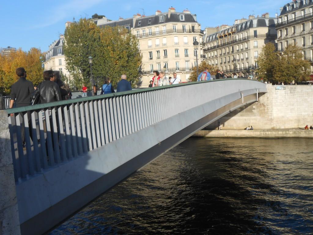 Vue du pont de saint Louis